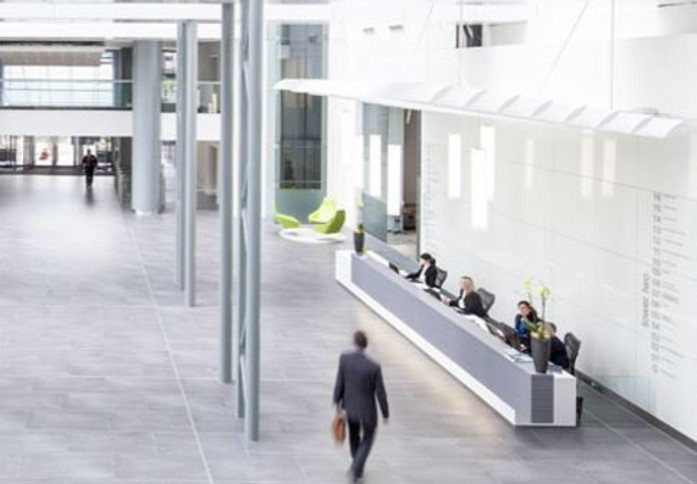 Exchange Tower E14 office space – Reception