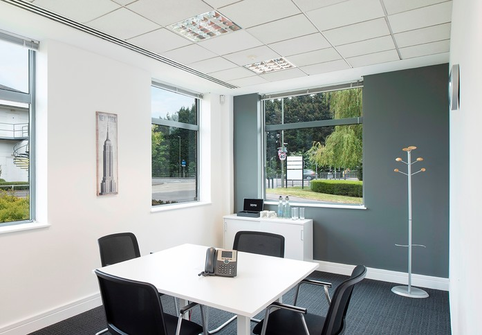 Frimley Road GU1 office space – Meeting/Boardroom