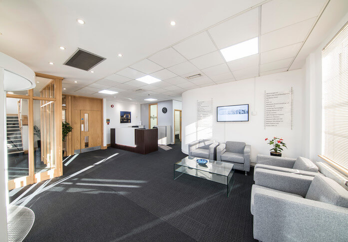 Broadway HP6 office space – Reception