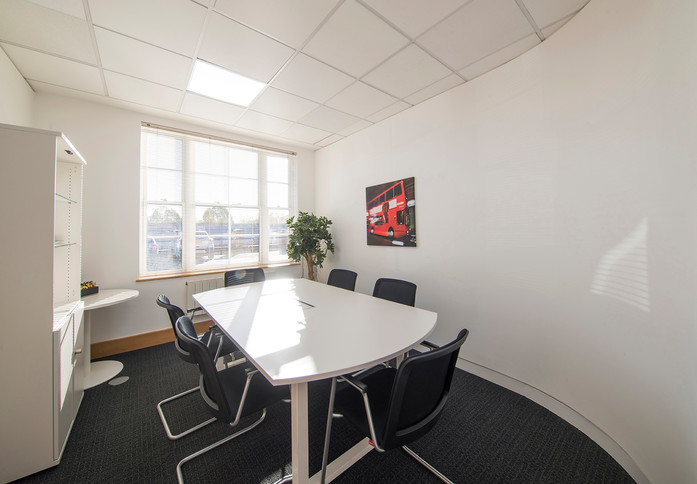 Broadway HP6 office space – Meeting/Boardroom