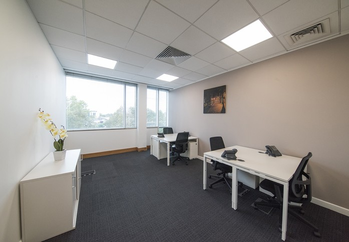 Clarendon Road WD1 office space – Coworking/shared office