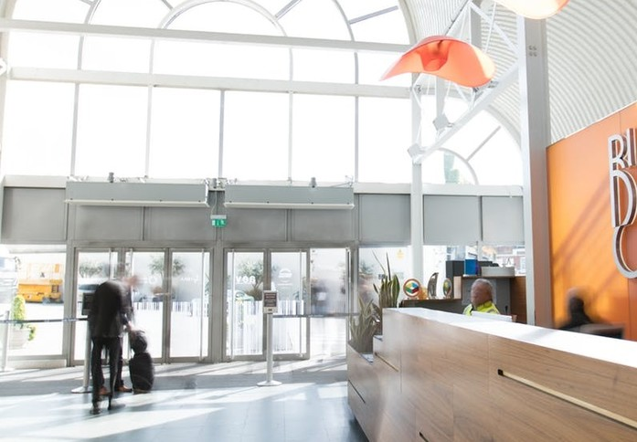 Upper Street N1 office space – Reception