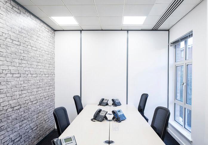 Clarendon road RH1 office space – Meeting/Boardroom