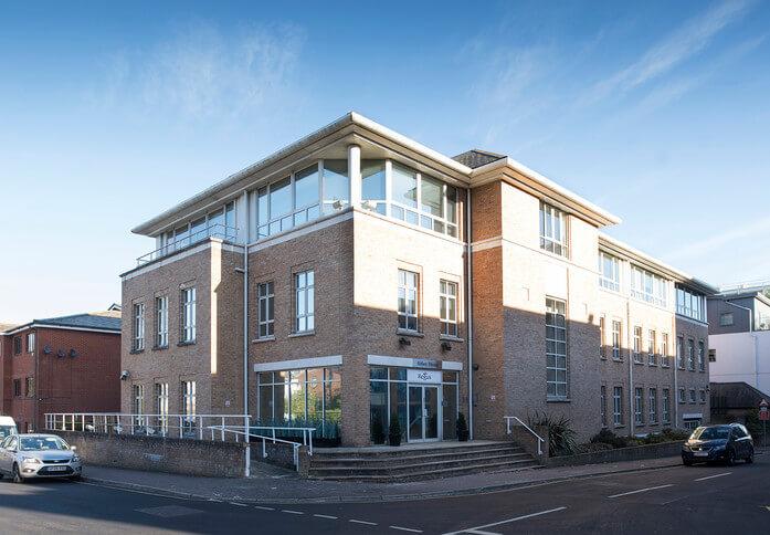 Clarendon road RH1 office space – Building External