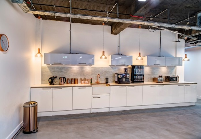 Waterloo Road SE1 office space – Kitchen