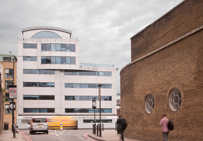 East Smithfield E1 office space – Building External