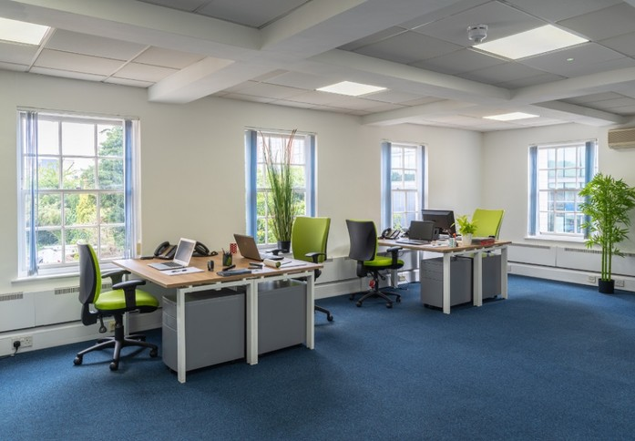 Boston Manor Road TW8 office space – Private Office (different sizes available)