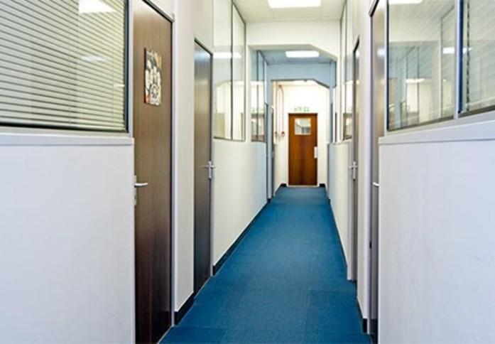 Arcadia Avenue N3 office space – Hallway