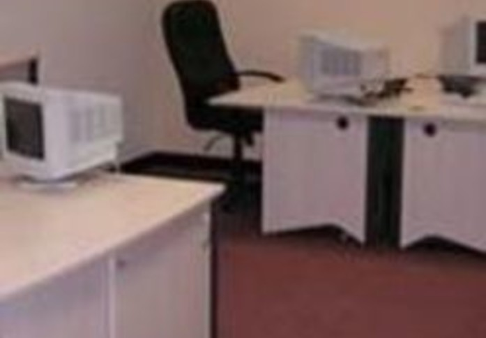 Hampton Road West TW13 office space