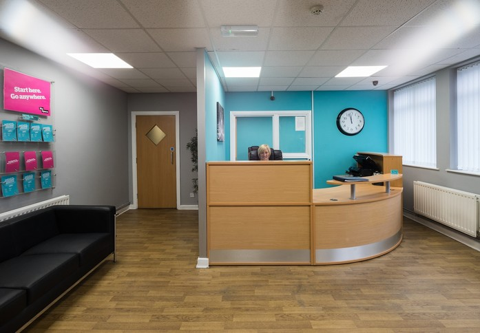 Willenhall WV1 office space – Reception