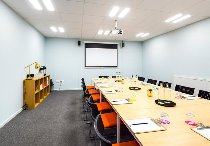 Pixmore Avenue SG6 office space – Meeting/Boardroom