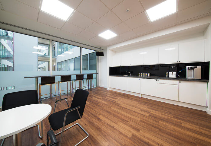 Forbury Square RG1 office space – Kitchen