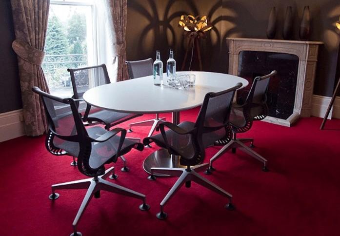 Lower Road KT22 office space – Meeting/Boardroom