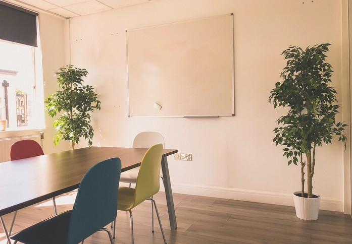 Westbourne Grove W11 office space – Meeting/Boardroom