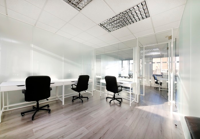 Westbourne Grove W11 office space – Private Office (different sizes available)
