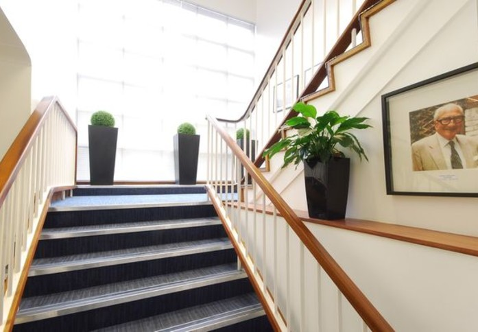 Falcon Road SW2 office space – Hallway