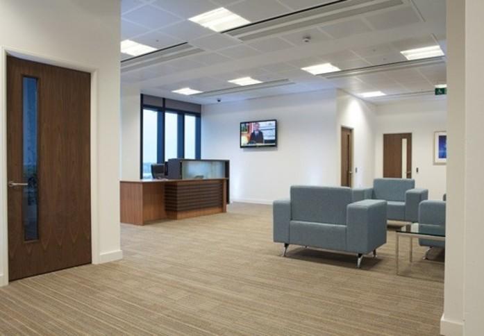 Mitre Passage SE2 office space – Reception