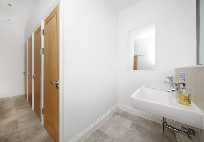 Creek Road SE2 office space – Toilets