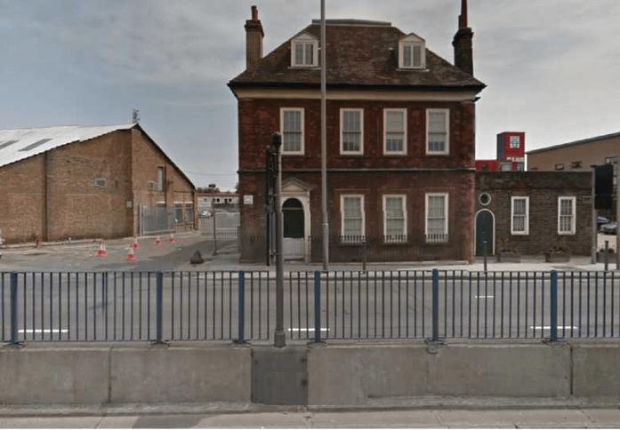 Gillender Street E14 office space – Building External
