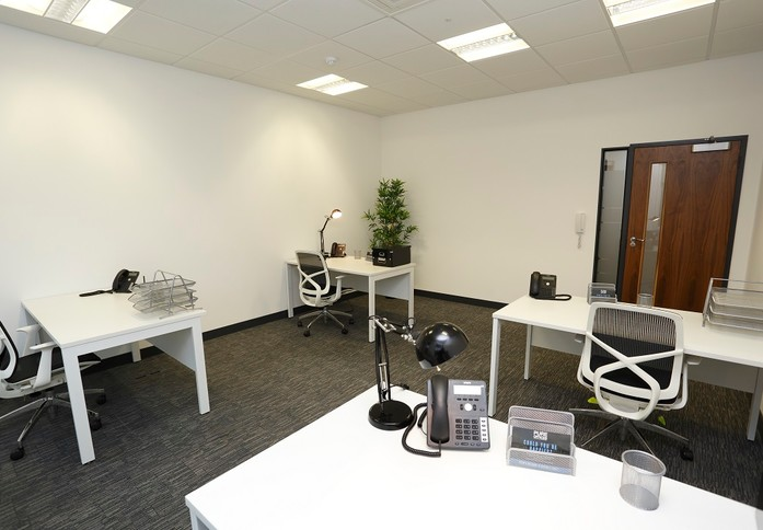 John Smith Drive OX1 office space – Private Office (different sizes available)