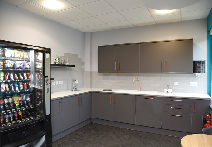 John Smith Drive OX1 office space – Kitchen