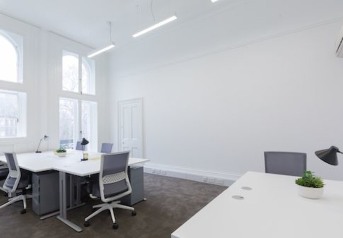 Grosvenor Gardens SW1W office space – Private Office (different sizes available)