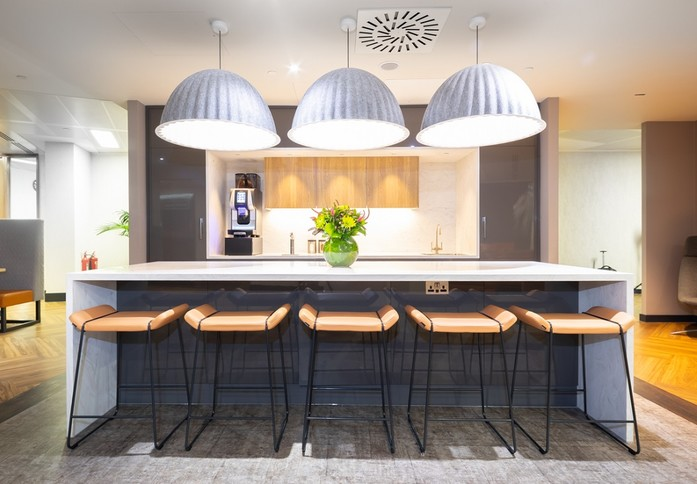 Bishopsgate EC1 office space – Kitchen