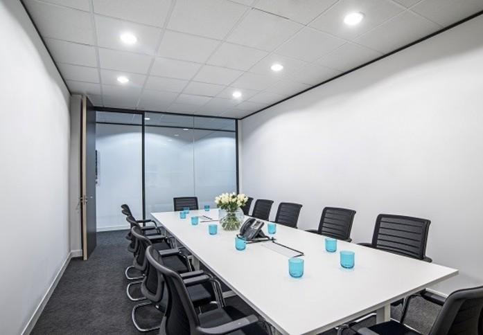 Kensington High Street W8 office space – Meeting/Boardroom