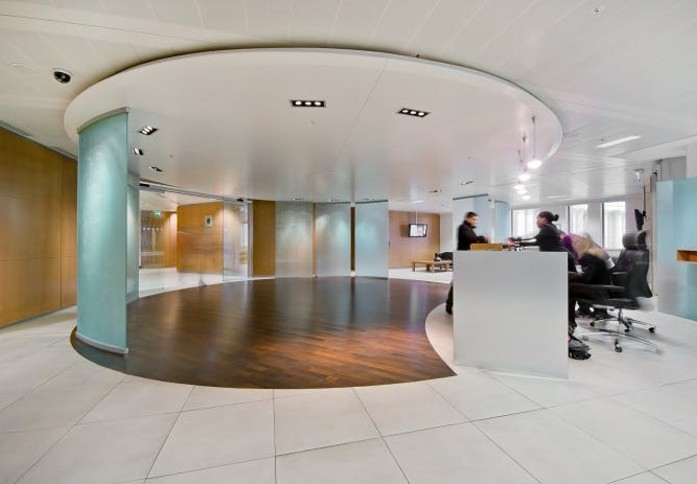 St Paul's Churchyard EC1 office space – Reception