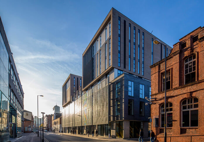 Lever Street M1 office space – Building External