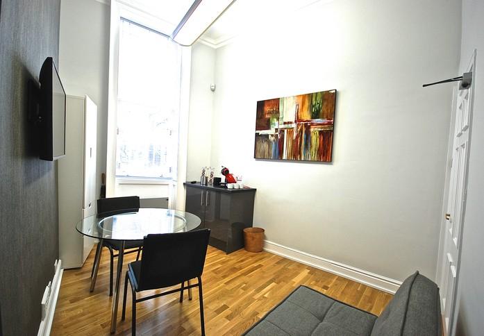 Fitzroy Street W1 office space – Break Out Area