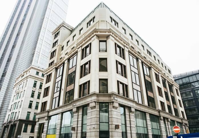 St Marys Axe EC2 office space – Building External
