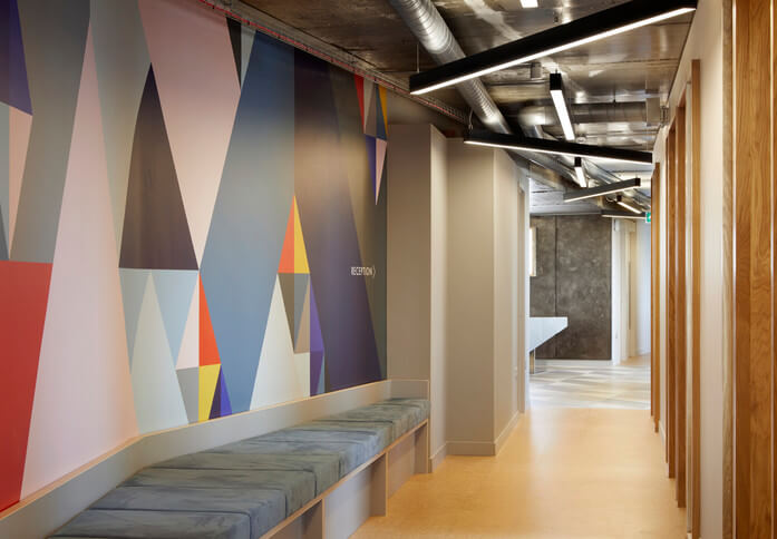 Suffolk Street Queensway B1 office space – Hallway