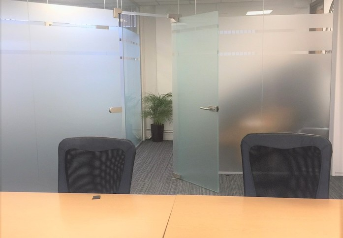 High Street BR3 office space – Private Office (different sizes available)