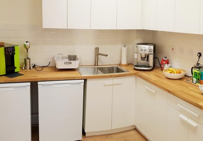 Ariel Way W2 office space – Kitchen