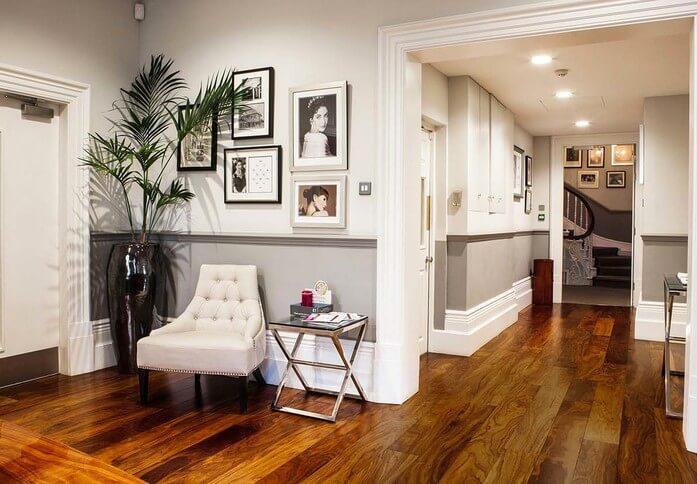 Oxford Street W1D office space – Hallway