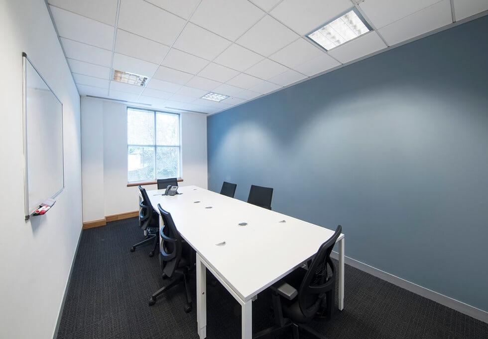 Farnham Road GU1 office space – Meeting/Boardroom