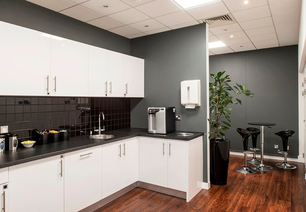 Frimley Road GU1 office space – Kitchen