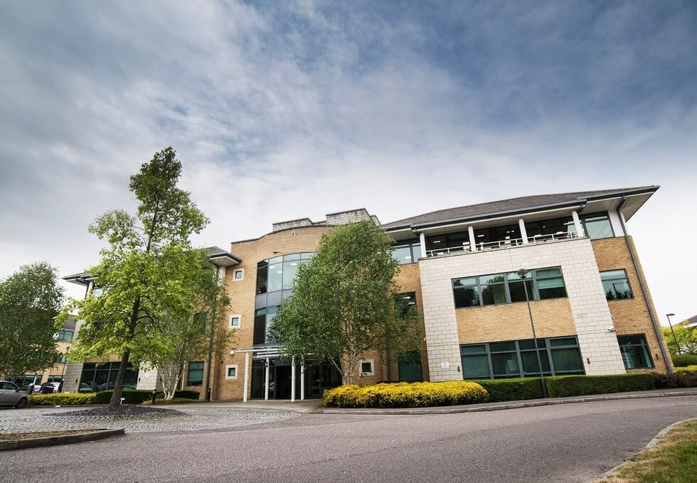 Frimley Road GU1 office space – Building External