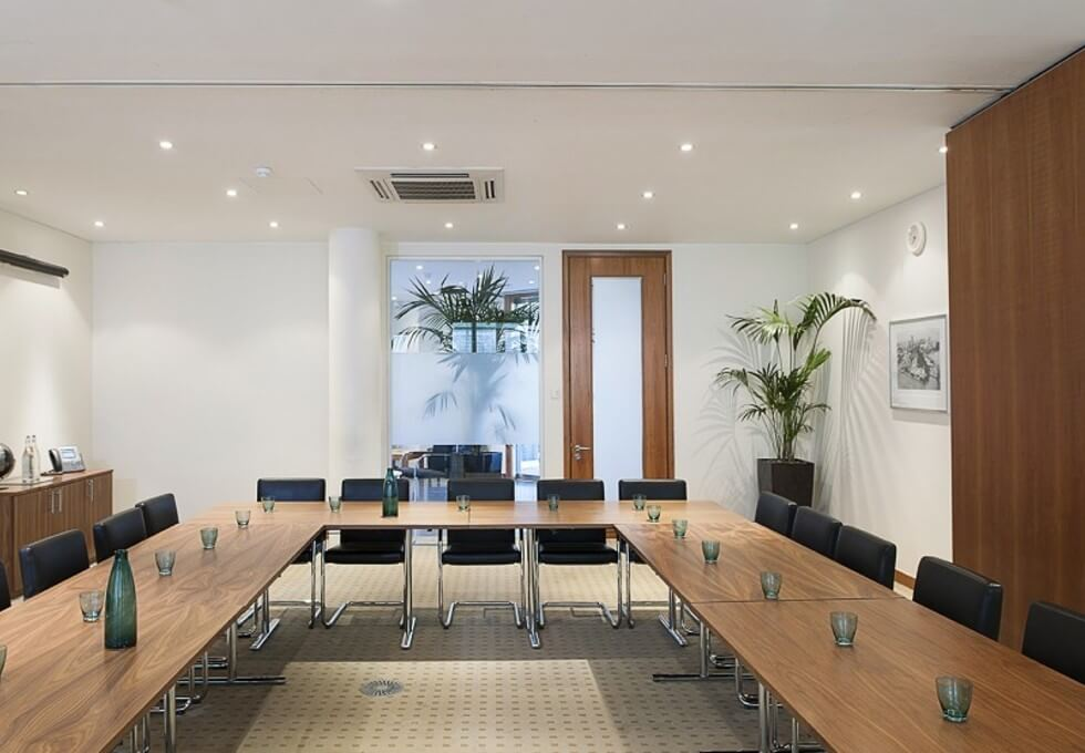 The Square UB11 office space – Meeting/Boardroom