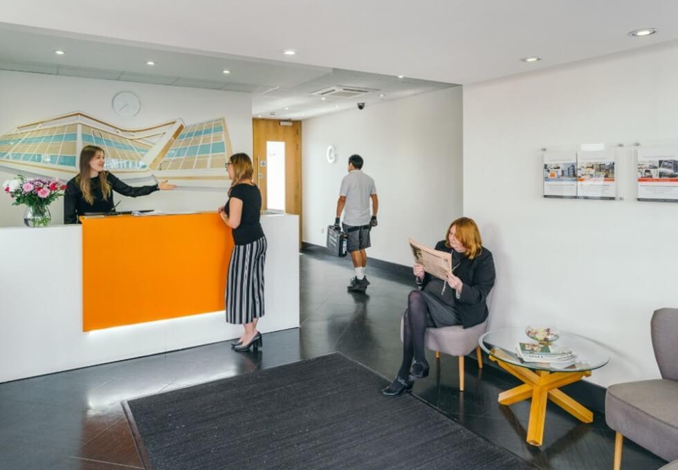 Boston Road W7 office space – Reception