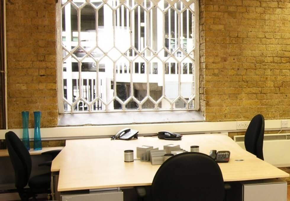 Rosebery Avenue EC1 office space – Private Office (different sizes available)