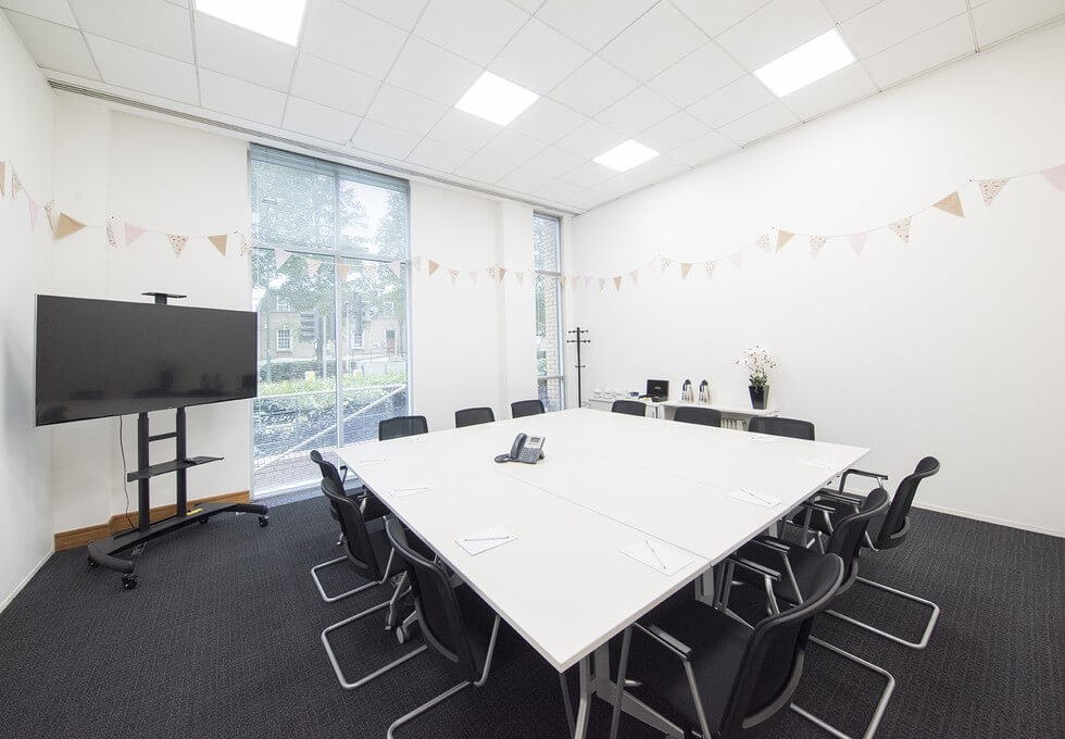 Clarendon Road WD1 office space – Meeting/Boardroom