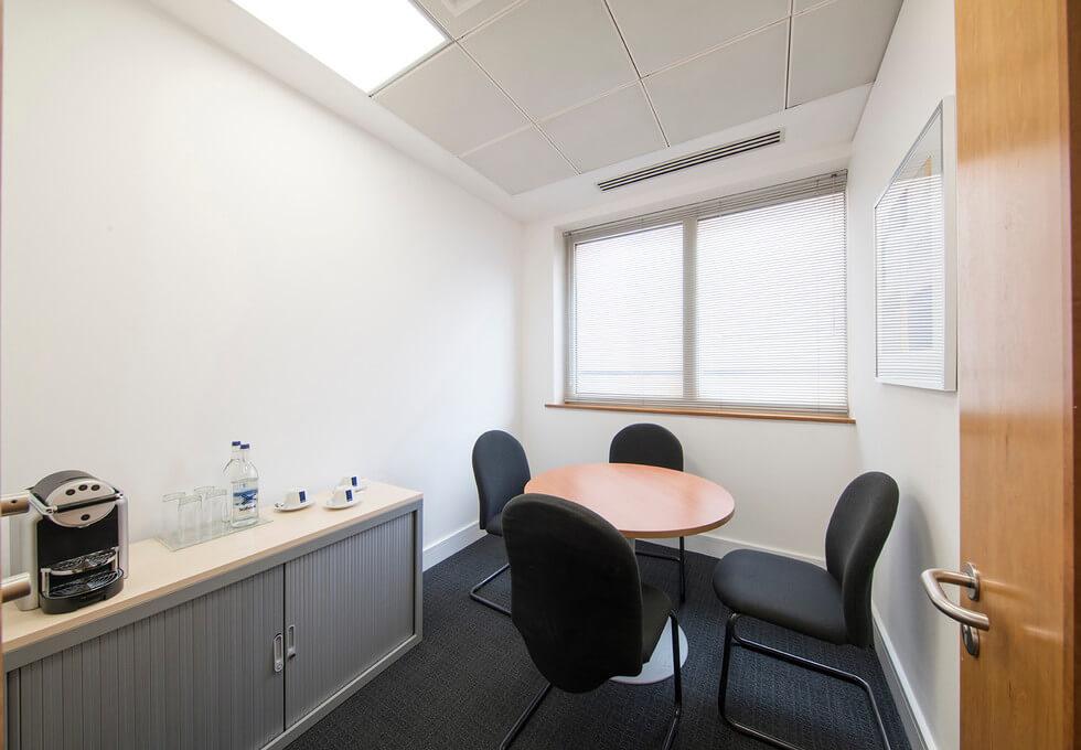 Queen Caroline Street W6 office space – Meeting/Boardroom