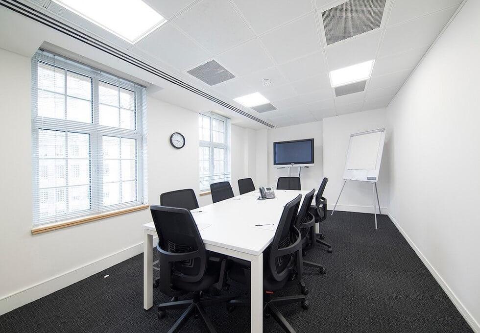 Broadway SW1 office space – Meeting/Boardroom