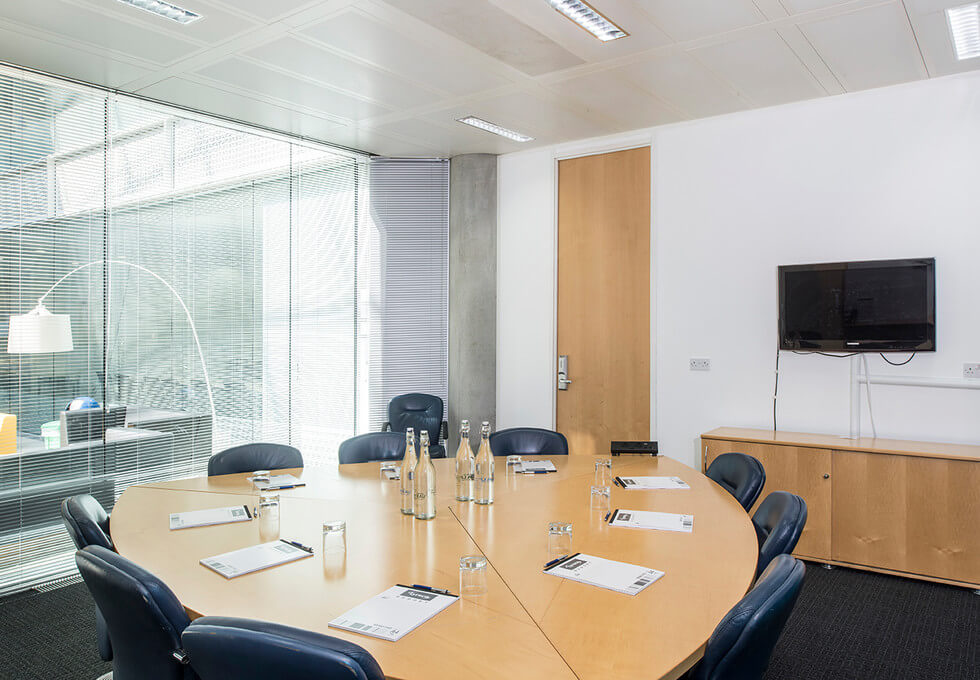 Chiswick High Road W4 office space – Meeting/Boardroom