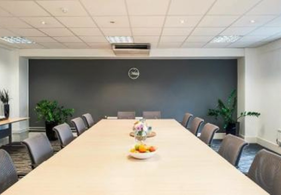 Bloomsbury Square WC1 office space – Meeting/Boardroom