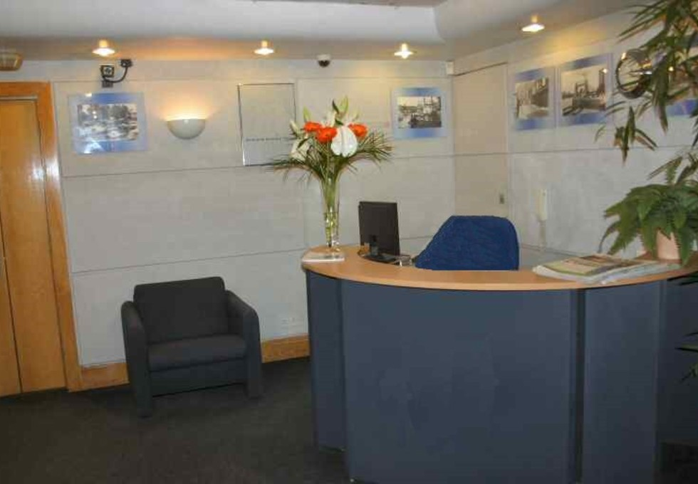 Tiller Road E14 office space – Reception