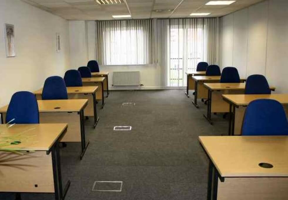 Tiller Road E14 office space – Private Office (different sizes available)
