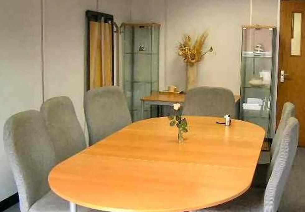 Tiller Road E14 office space – Meeting/Boardroom